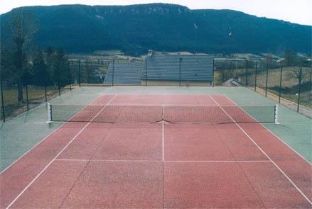 ____ Saint Etienne du Valdonnez - Lozère - France ____ Terrain de Tennis